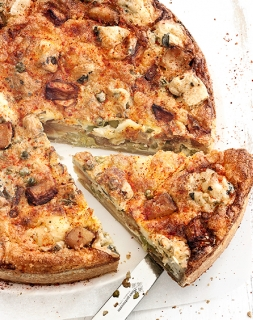 """Quiche Miss"" quiche de manzanas Miss Chef®, queso fourme d'Ambert y guisantes"