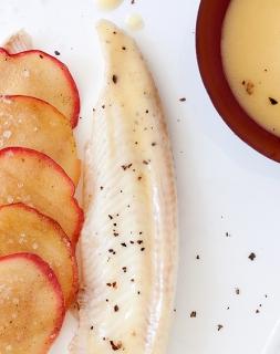 Filet de sole en écailles de pommes Miss Chef®, beurre blanc au vinaigre de pomme